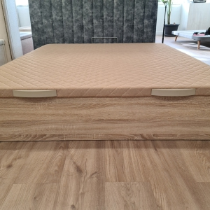 Canape de madera low cost